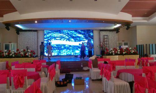 HacoLED cung cấp thi công lắp đặt và cho thuê màn hình LED nhà hàng tiệc cưới